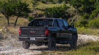 GMC Sierra HD предложат с мощным турбодизелем