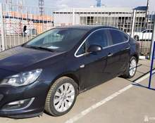 Opel Astra: 2013 1.4 AT (140 л.с.) седан Москва 1.4л 459000 Р