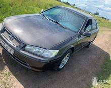 Toyota Camry: 2000 2.2 AT седан Красноярск 2.2л 235000 Р
