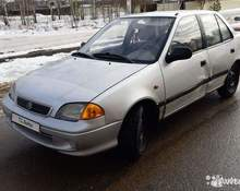 Suzuki Swift: 2003 седан Александров 1.3л 83000 Р
