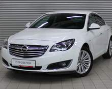 Opel Insignia: 2015 2.0 AT седан Москва 2л 999000 Р