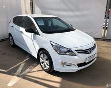 Hyundai Solaris: 2015 Active 1.4 MT хэтчбек Казань 1.4л 581900 Р