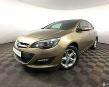 Opel Astra: 2014 Enjoy 1.6 AT седан Москва 1.6л 540000 Р