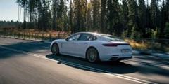 Тест-драйв Porsche Panamera E-Hybrid: с электричеством на подхвате