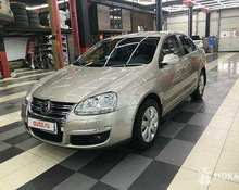 Volkswagen Jetta: 2006 1.6 AT седан Ростов-на-Дону 1.6л 443000 Р
