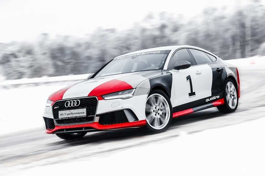 Тест-драйв Audi RS7 Sportback Performance: злой спорт Audi RS7