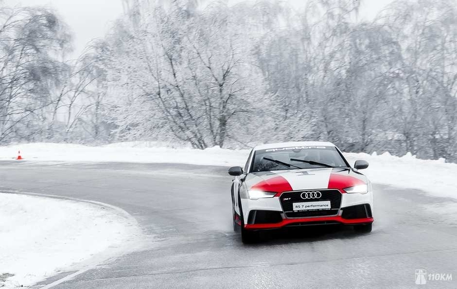 Тест драйв Audi RS7 Sportback Performance  злой спорт