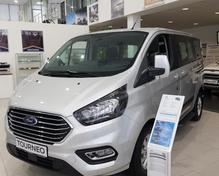 Ford Tourneo Connect: 2018 микроавтобус Чебоксары 2.2л 2350000 Р