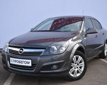 Opel Astra: 2011 Enjoy 1.6 AT седан Москва 1.6л 445000 Р