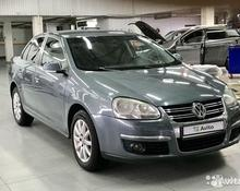 Volkswagen Jetta: 2009 1.6 AT седан Краснодар 1.6л 490000 Р