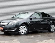 Opel Insignia: 2014 A 2.0 NHT седан Москва 1.6л 760000 Р